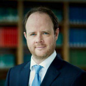 Porträt Rechtsanwalt Dr. Florian Schiffer, Rechtsanwalt Berlin, u.a. Haftpflichtrecht, Baurecht, Architektenrecht