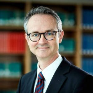 Porträt Thomas Petzold, Rechtsanwalt für Handelsrecht, Gesellschaftsrecht und Bankrecht, Berlin